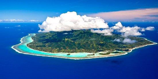 Cook Islands: Aerial view of Rarotonga