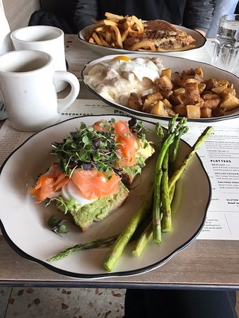 Phoenicia, NY: Cubano, biscuits and gravy, smoked salmon avocado tartine