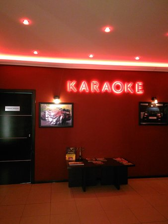 Karaoke & Lounge Bar MW