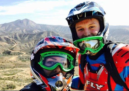 Chula Vista, Californie : Mom & Aaron- 18th Birthday in Baja Motorcrossing