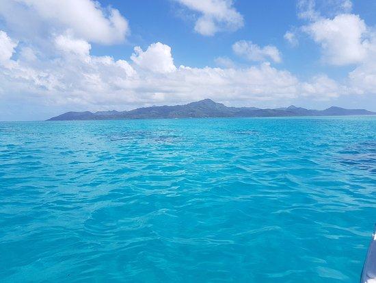 Uturoa, Frans-Polynesië: vu de l'île pendant l'excursion