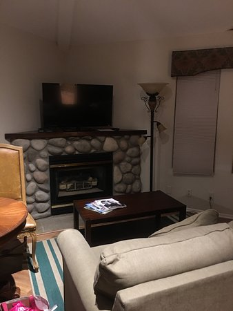 Malibu Country Inn: photo6.jpg