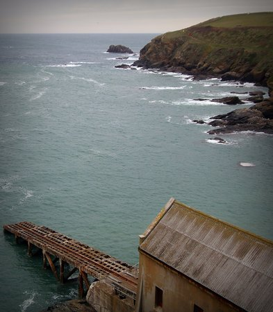 the abandoned lifeboat station at the lizard