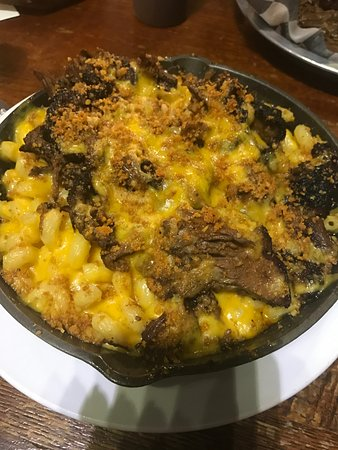 Sawyer, MI : brisket mac & cheese