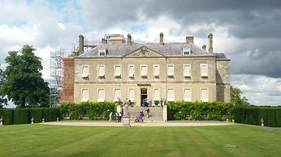 Faringdon, UK: Buscot House (back)