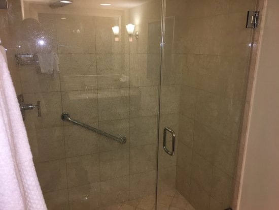 Large shower stall, great water pressure. - Picture of GALLERYone ...