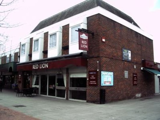 Portchester, UK: Red Lion Pub