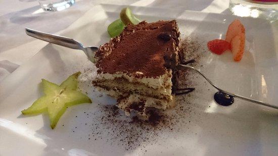 Dro, إيطاليا: dolce finale (tiramisù)