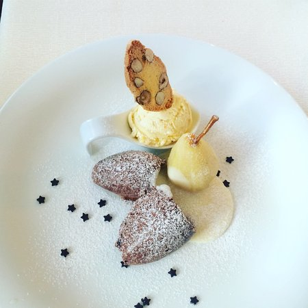 Laa an der Thaya, Austria: Chocolate mousse with ice cream & almond cookie <3 #lovedit