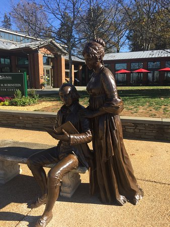 Montpelier Station, VA: Bronze of James and Dolley Madison in front of the new Visitor Center.