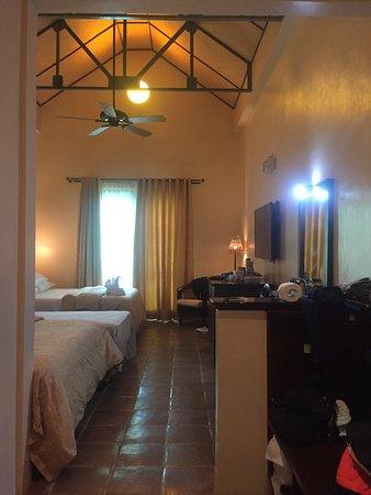 Camayan Beach Resort and Hotel : photo1.jpg