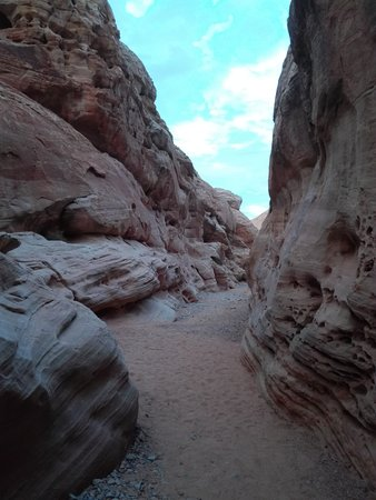 beautiful rock formations picture of valley of fire state park
