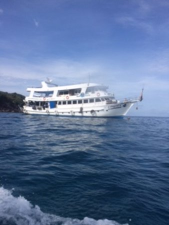 Cherngtalay, Thailandia: Live aboard diveboat