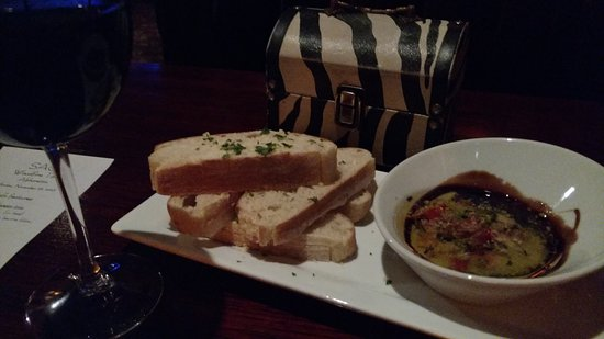 Sage Woodfire Tavern Alpharetta: Bread with Balsamic and oil