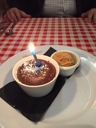 Chez Fernand Christine : Lava Cake and Ice Cream (birthday candle)