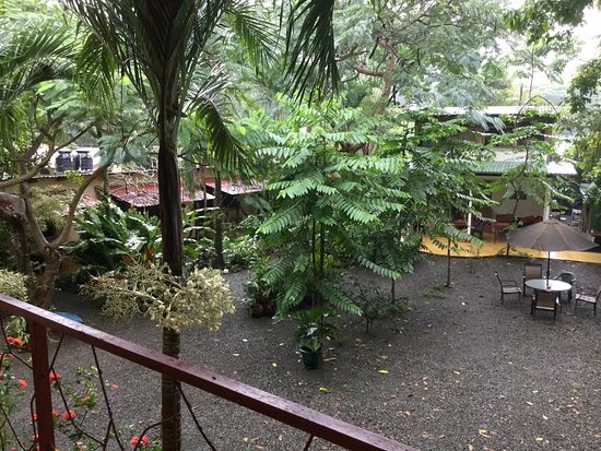 Tropical Sands Dominical Eco Inn: photo1.jpg