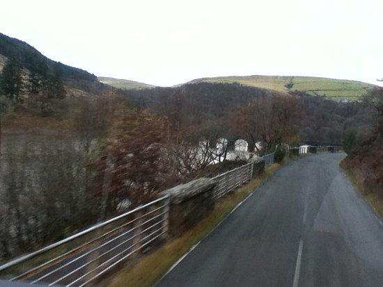 Rhayader, UK: Very narrow bridges