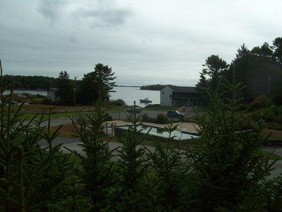 Ship Ahoy Motel Photo