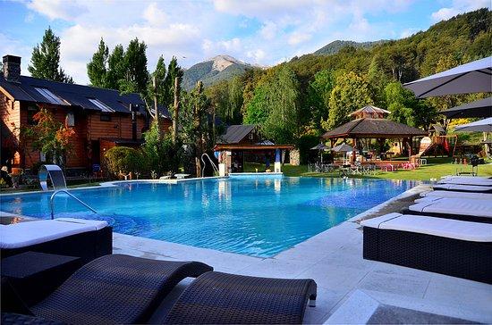 Cabañas Guardianes del Bayo, hoteles en Villa La Angostura