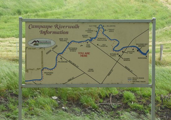 Kyneton, Australien: Campaspe Riverwalk Sign