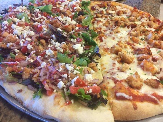 West Melbourne, FL: 1/2 salad with crispy chicken and 1/2 chicken parm pizza