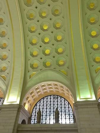 Union Station: inside--main hall