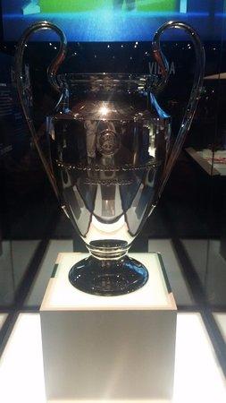 tripadvisor taca da champions league de 1986 87 conquistada contra o bayern صورة fc porto museum بورتو fc porto museum بورتو