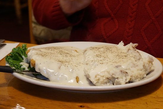 Big Horn Restaurant: chicken fried steak and mashed potatoes with white gravy