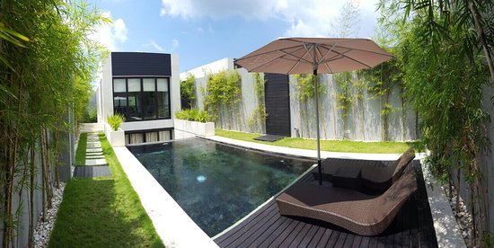 eqUILIBRIA SEMINYAK: The beauty of equilibria