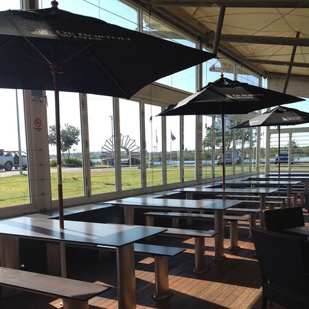 Swansea, Australia: Enjoy your lunch whilst soaking up one of the best view in Lake Macquarie