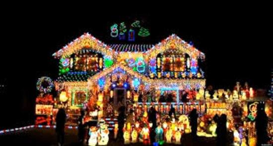 Dyker Heights Christmas Lights Picture Of Nysee Tours