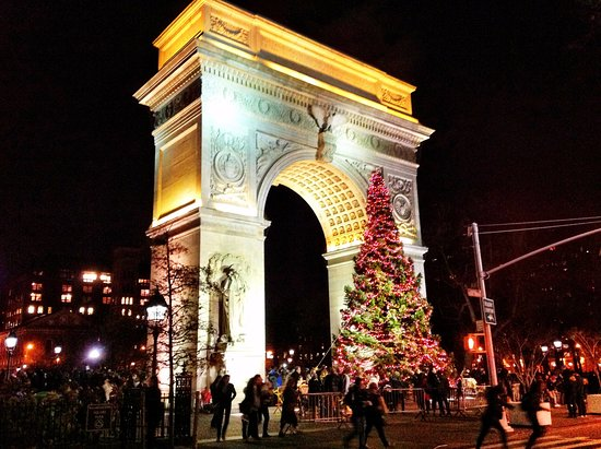 nysee tours washington square park christmas lights