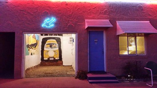 Tucumcari, NM: room and garage