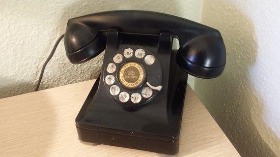 Tucumcari, NM: functional rotary phone
