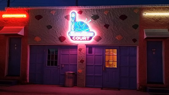 Tucumcari, NM: where the fridge and laundry are located