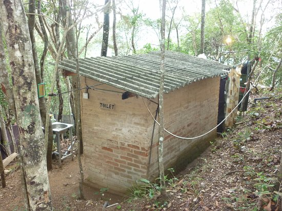 River Garden Resort & Camp Site: Toilettes
