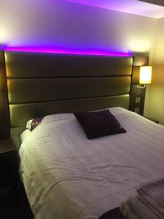 Premier Inn Gloucester (Longford) Hotel