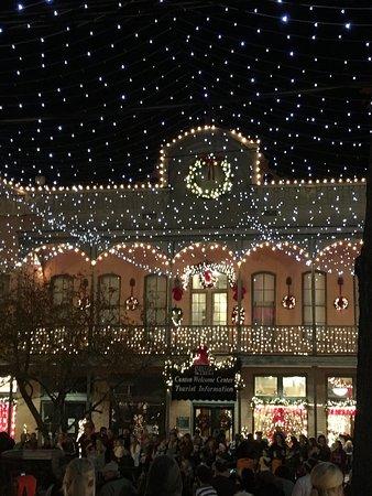แคนตัน, มิซซิสซิปปี้: The Christmas Lights on the courthouse square are absolutely breathtaking! Activities for childr