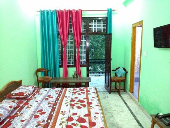 Hotel Royal Palace Munsiyari