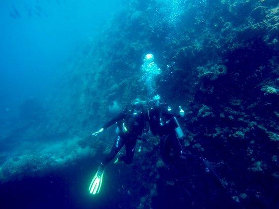 Padangbai, Indonesia: Cruising along the Liberty wreck at Tulamben, Bali!