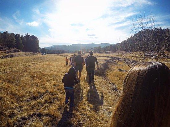 Copper Canyon Sierra Lodge : Outside