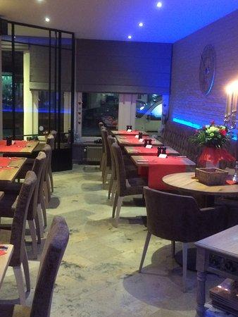Poperinge, بلجيكا: Romantisch tafelen