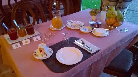 Hostellerie du Pavillon Saint-Hubert : Petit déjeuner