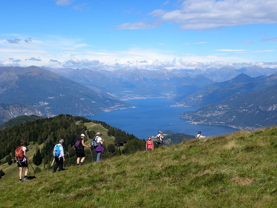 Dongo, Italien: The view that you can have from Terrabiotta - an easy trail close to Bellagio - Hiking Como Lake