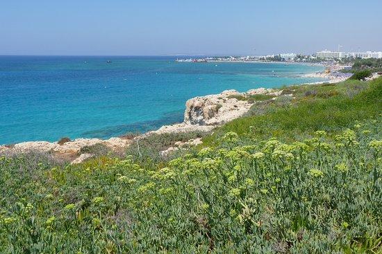 Melissi Beach Hotel & Spa : a 500 m dall'hotel