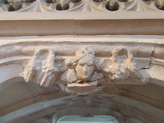 Dunster, UK: Carvings