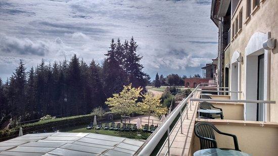 Vilar Rural de Sant Hilari Sacalm: Vistas des del balcón de la habitación