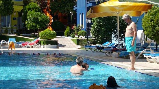 Картинки по запросу RAINBOW CASTLE HOTEL 3 бассейн