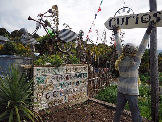 Papatowai, New Zealand: Lost Gypsy Gallery