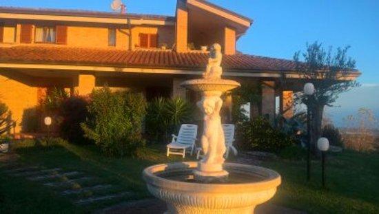 Montottone, Italy: Foto villa